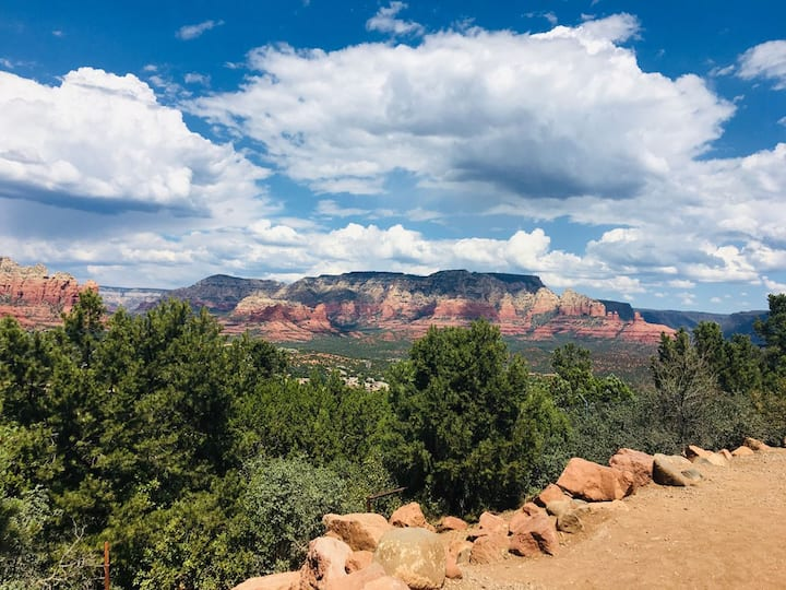 *Charming* Escape to Lovely Sedona: 4 people