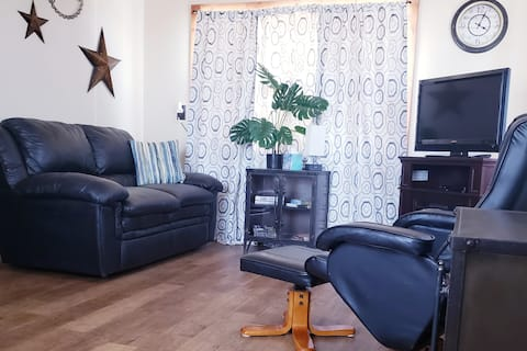 Nice! 1 Bed/1 Bath Apartment in Newcastle, WY