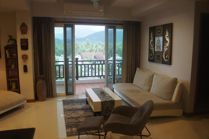Khanom Beach Condo - 2 bd mountain & seaview