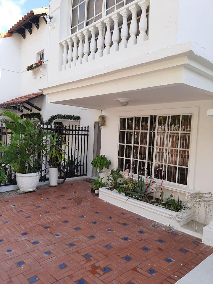 Villa Estudio
