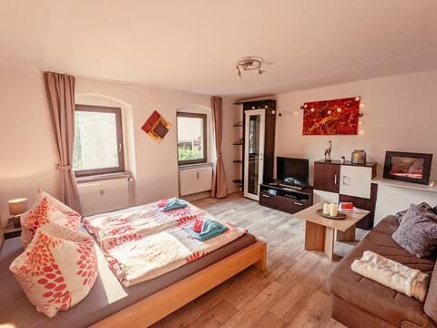 Familienwohnung für 3 mit Sauna, Pool & Terrasse
