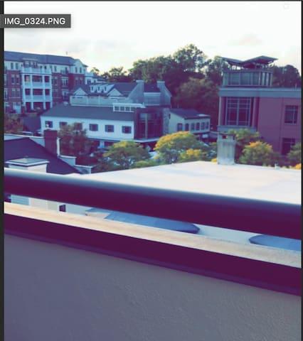 Loft Apartment, Downtown, & Steps from Princeton U