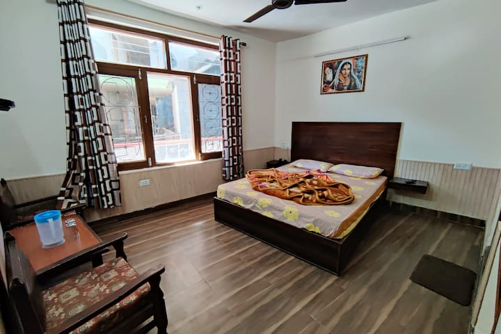 Room No. 201, 1st Floor, This room is suitable for those who want to have the least stairs to climb