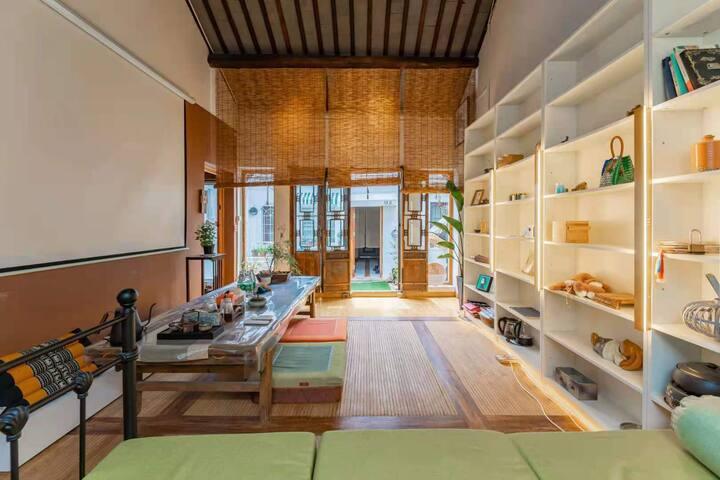 知止小院两室一厅,500米内平江路,拙政园,狮子林博物馆