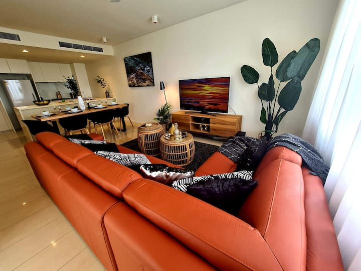 DARWIN WATERFRONT SUNSET APARTMENT/CHAMPAGNE STAYS