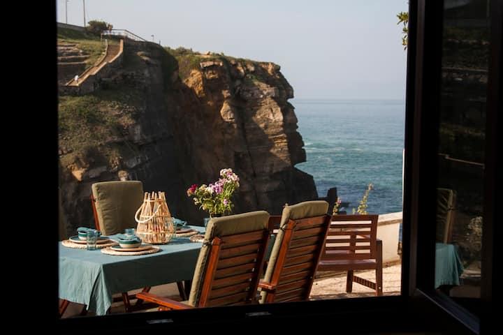 Um Lugar ao Sol Beach House Azenhas do Mar