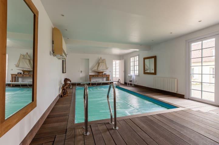 Chambre d'hôte de 40m2 , avec piscine intérieur
