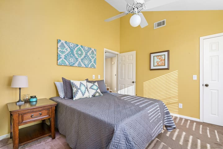*3rd Bedroom* -Floor to ceiling windows offer lots of light -Plush Queen Mattress & Pillows -Ceiling fan -Large Closet & Clothing Storage