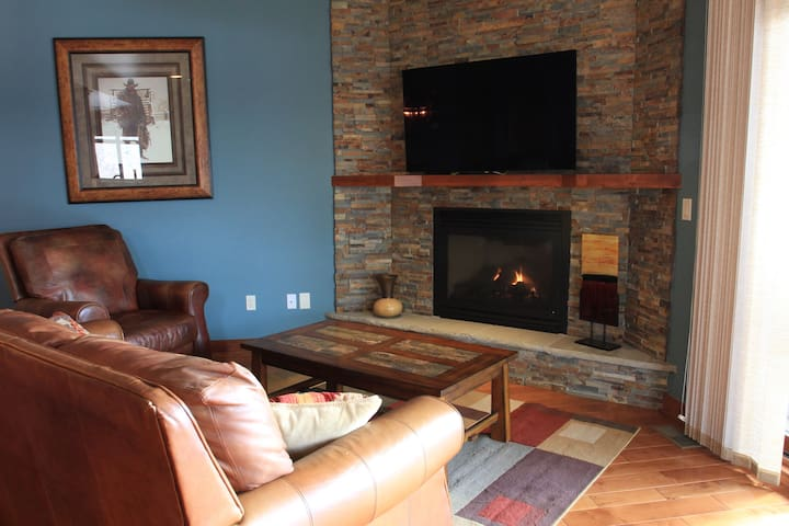 Warm-up and relax with a mesmerizing fireplace.