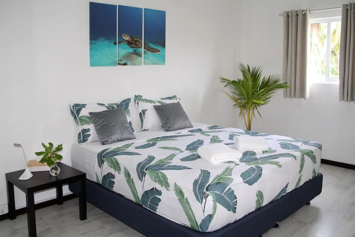 Double room at Varunula SurfCamp near Bikini Beach