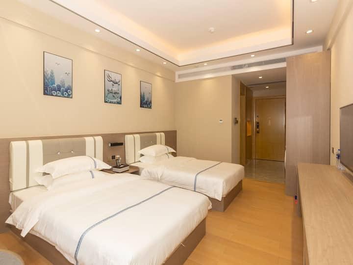 【⑦景致高级双床房】可住4人 【健身房】智能公寓 近横琴口岸、华发商都、长隆海洋王国