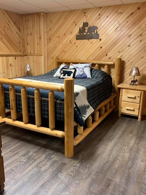 Secluded Guest suite in Monroe, NH
