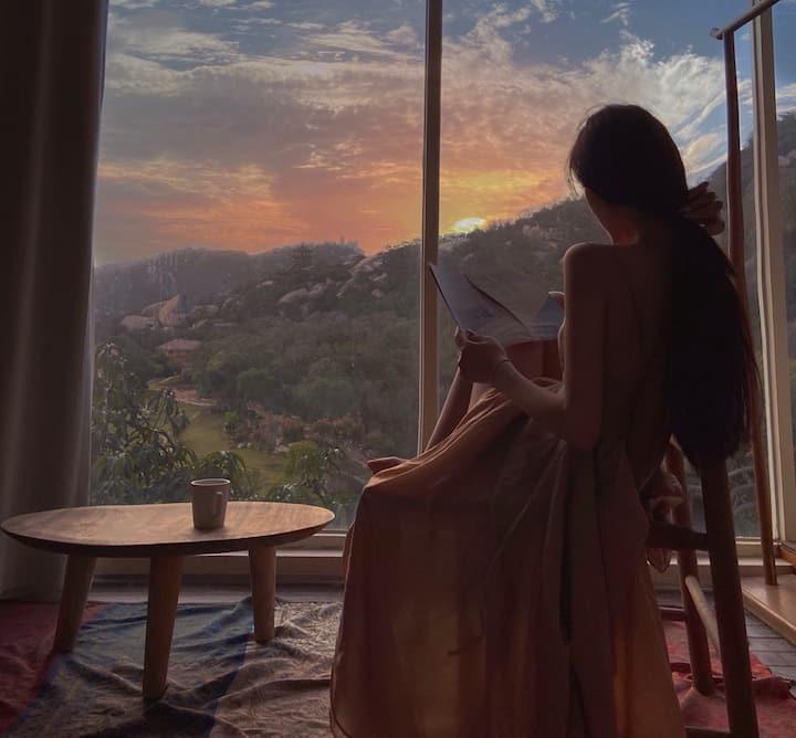 「窗外山景」「可看日出日落」「俯瞰大海」「投影仪」近曾厝垵/厦大/沙坡尾/植物园/环岛路/鼓浪屿