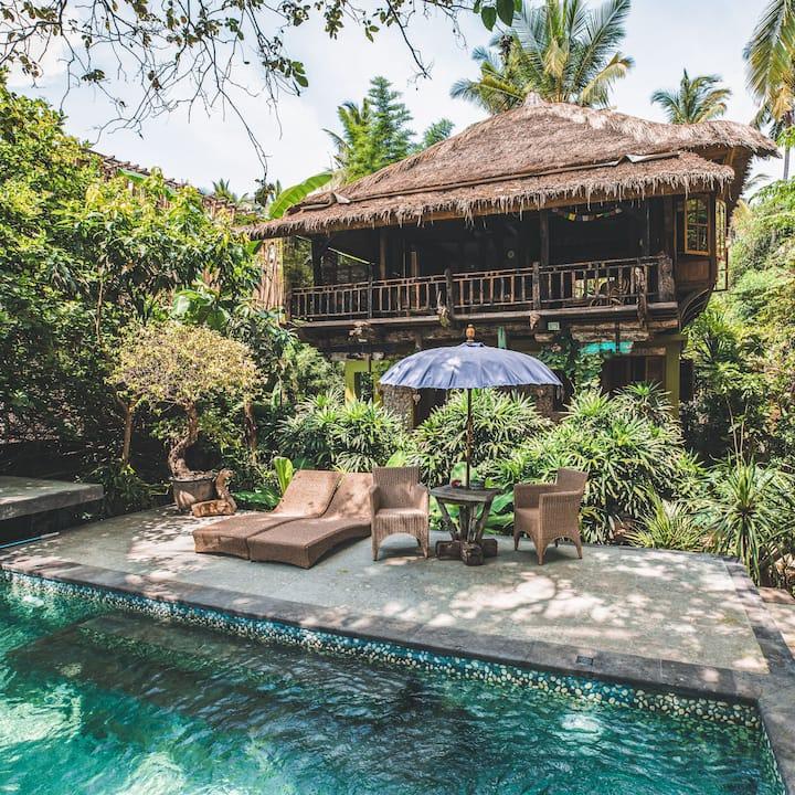 Private Robinson Crusoe Beach House - Pool & Beach