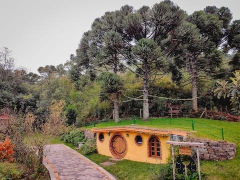 Toca da Araucária - Casa Hobbit - Serra gaúcha