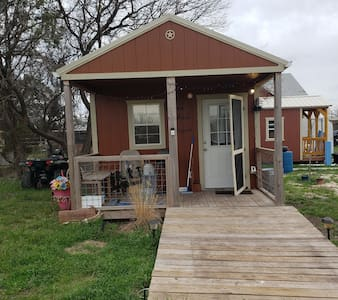 door way 36 inches and has large entry ramp,