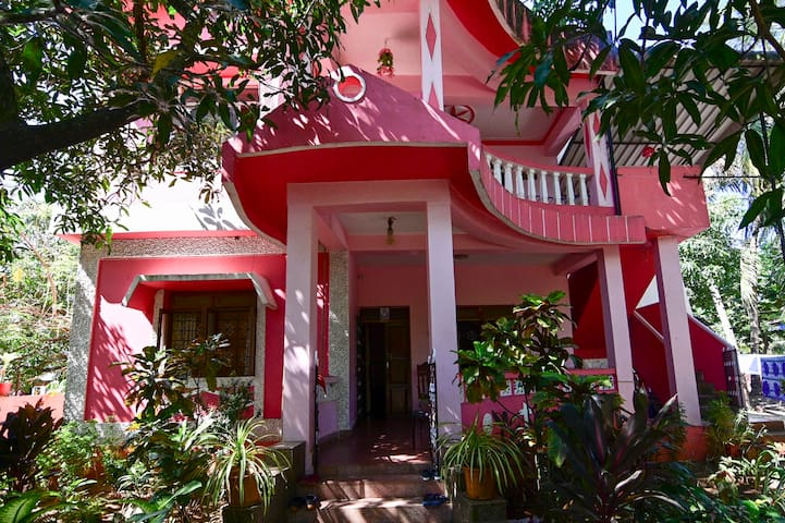 TripThrill Mabel's Varca House