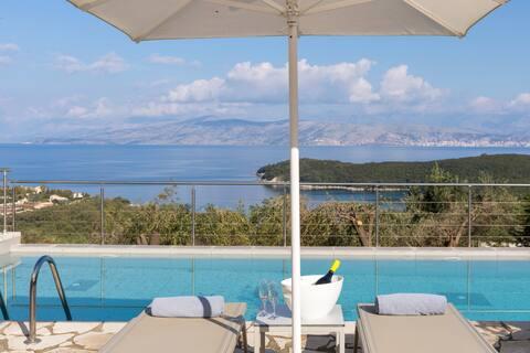 Villa White Stone by Rodostamo Hotel