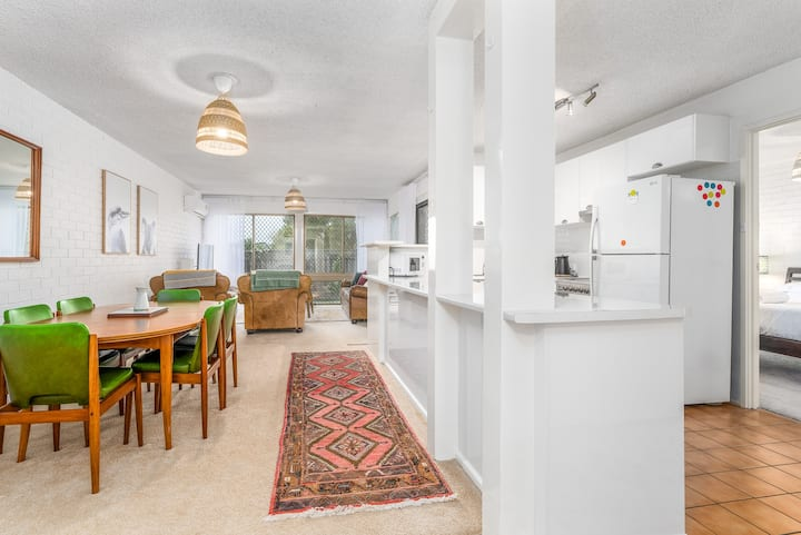 Spacious 2-Bed Unit with Garden in Mawson
