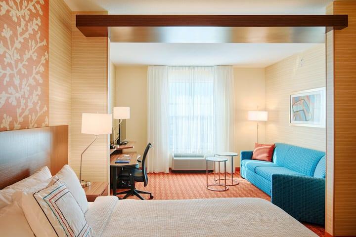 Two Queen Bedroom Suite with Sofa Bed - Dublin