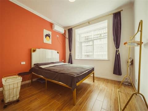 复古风温馨感 全屋智能 地暖有露台 适合全家居住的整套房屋