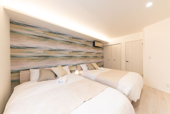 寝室 Master bedroom