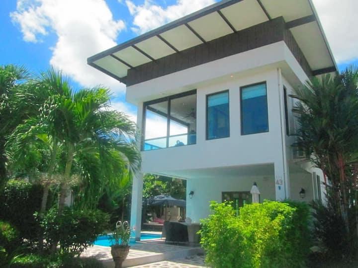 Private pool villa SB K9