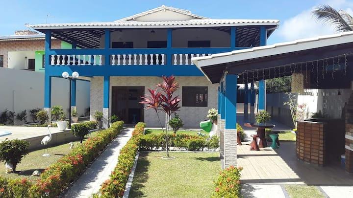 Casa em Jauá com piscina e churrasqueira