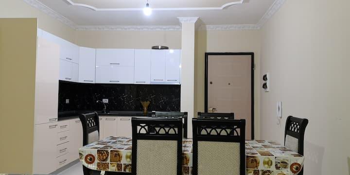 Felicita's apartment - Spaziosa e vivace