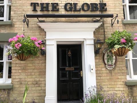 The Globe's Flat