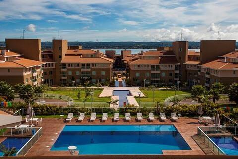 The Sun Resort - Lakeside