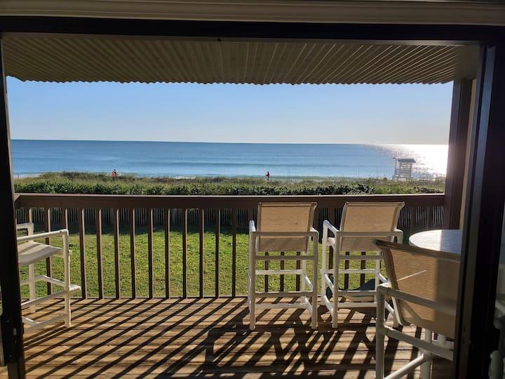 Amazing ocean views!   Really nice   Best location