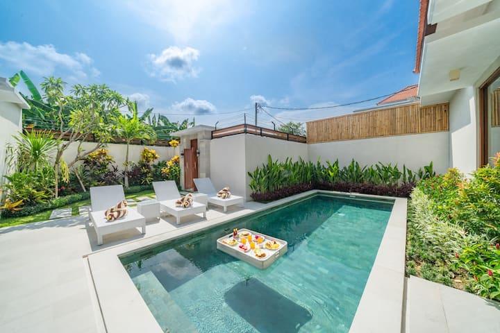 Seminyak 3-Bedroom Private Pool Villa build 2020