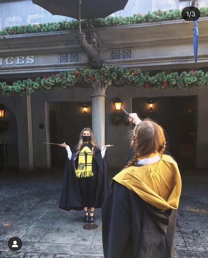Harry Potter World/ 2 Queen Beds Hotel + Parking