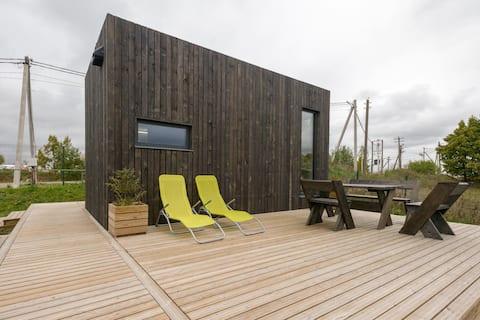 Family Barn Karvala - Tiny house 25 & sauna