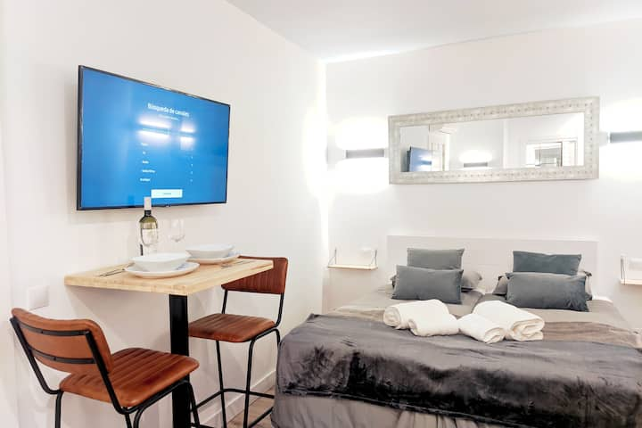 ****Centre-Sol-Plaza Mayor - SmartTV-WiFi-AC****