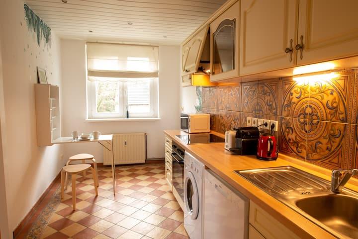 Super-clean,quiet 2 room apartment near Berlin/BER