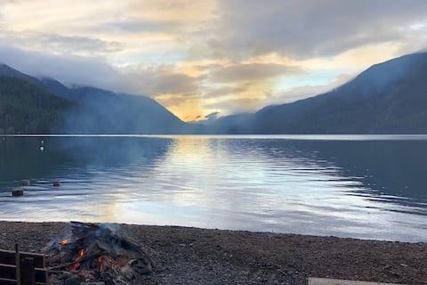 Cabin on Lake Crescent