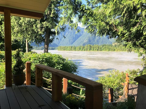 Fraser River Waterfront  House in Hope BC