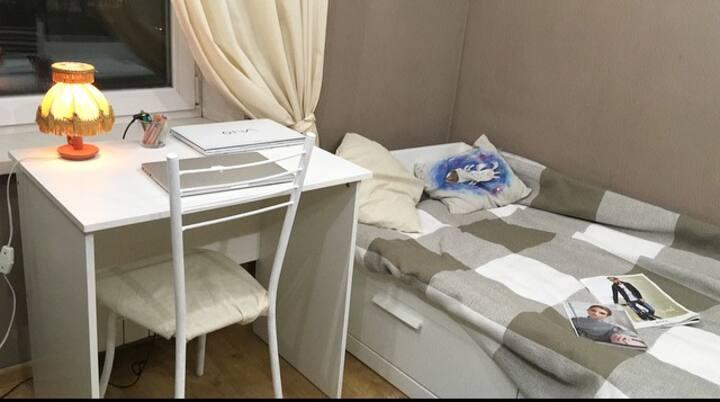 Комната-студия для девушки
