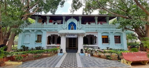 Shri Krishna Yogashram - Guest House