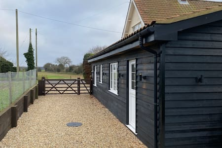 Access to The Annexe. We can ensure the lights are on for your arrival after dusk.