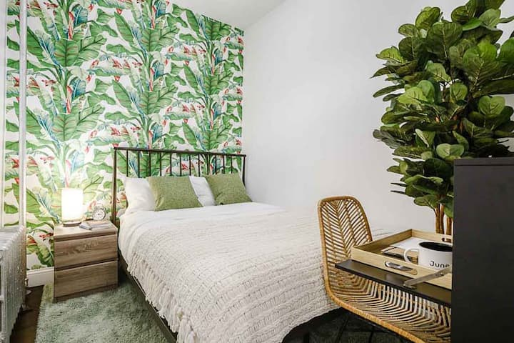 Private Bedroom in Prospect Heights