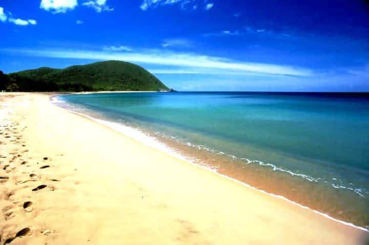 Villa Kanouan à 400 m. de la  plage de Grande-Anse