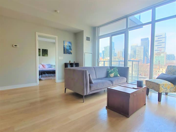 Modern 2BR Suite with Balcony View + Parking