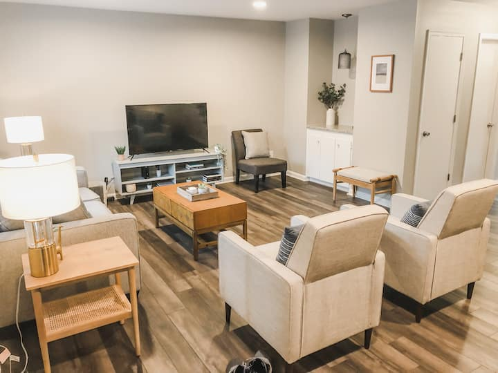 Cozy Cary Townhome