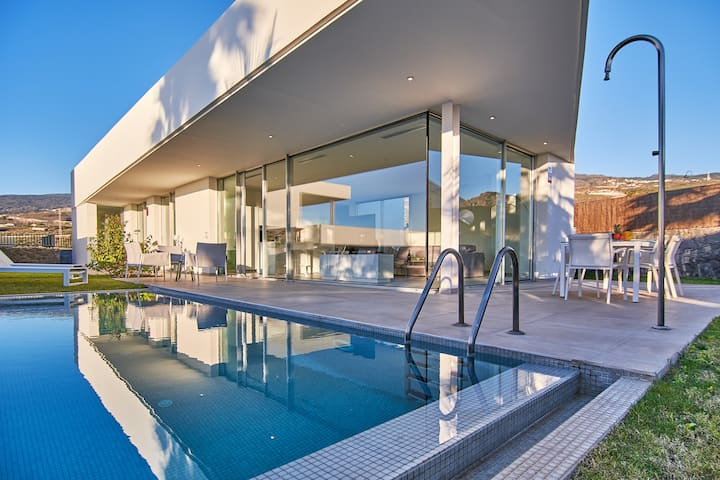 Luxury Villa in Abama
