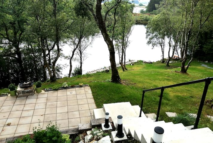 Coill Maher Lakehouse 1