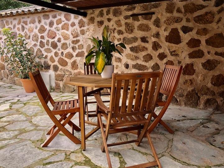 La casita de los  Farolillos - Hostel Layos Toledo