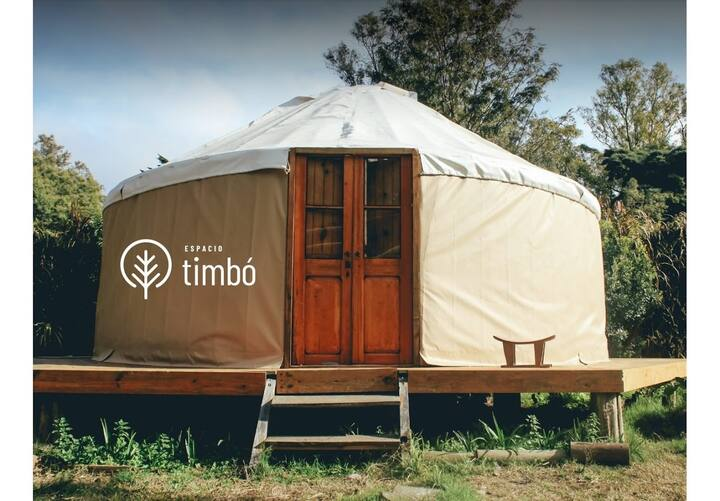 Amazing glamping yurt in the middle of nature